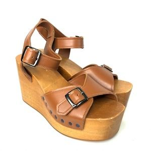 Barneys New York Platform Wedge Leather Sandal 39